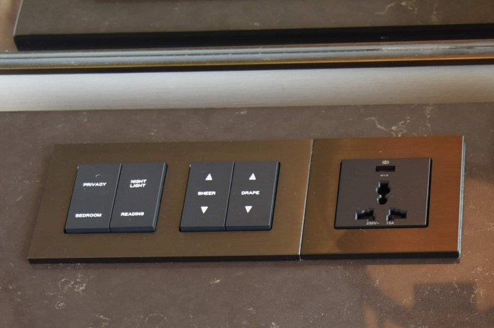 Bedside controls and power/USB plug