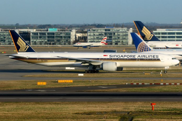 singapore airlines london heathrow