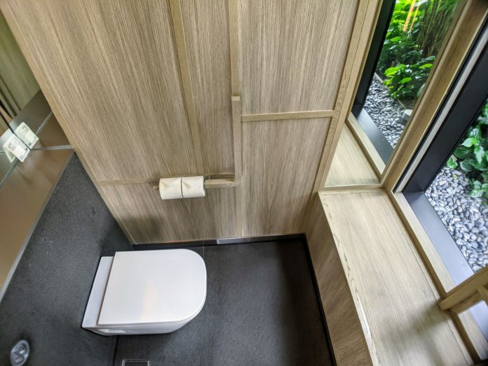 PARKROYAL Signature Room toilet